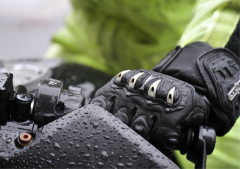 10 Best Winter Gloves for Cycling in 2020